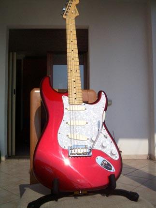 David Gilmour stratoocaster con EMG Dg-20