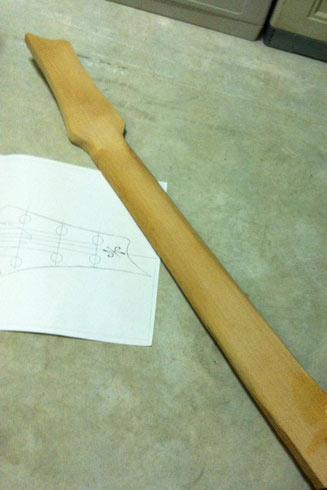 Costruire un manico di chitarra