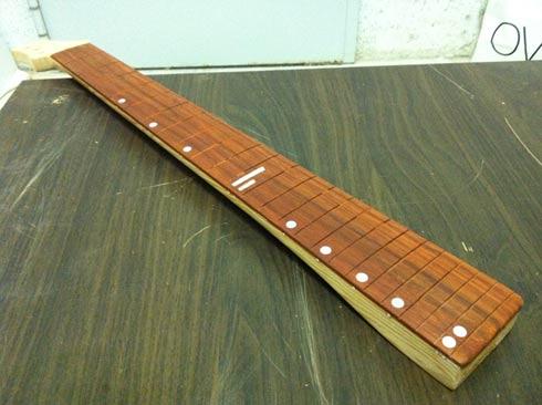 Costruiamo il manico della chitarra part. 9