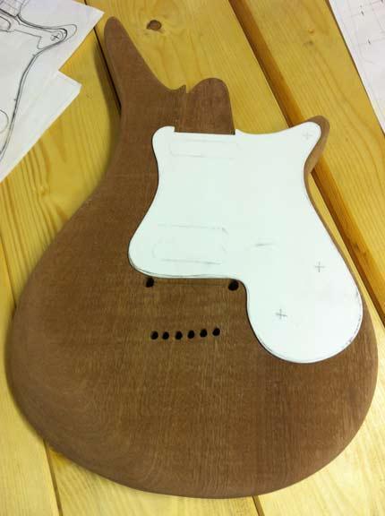 Costruiamo una chitarra, il body